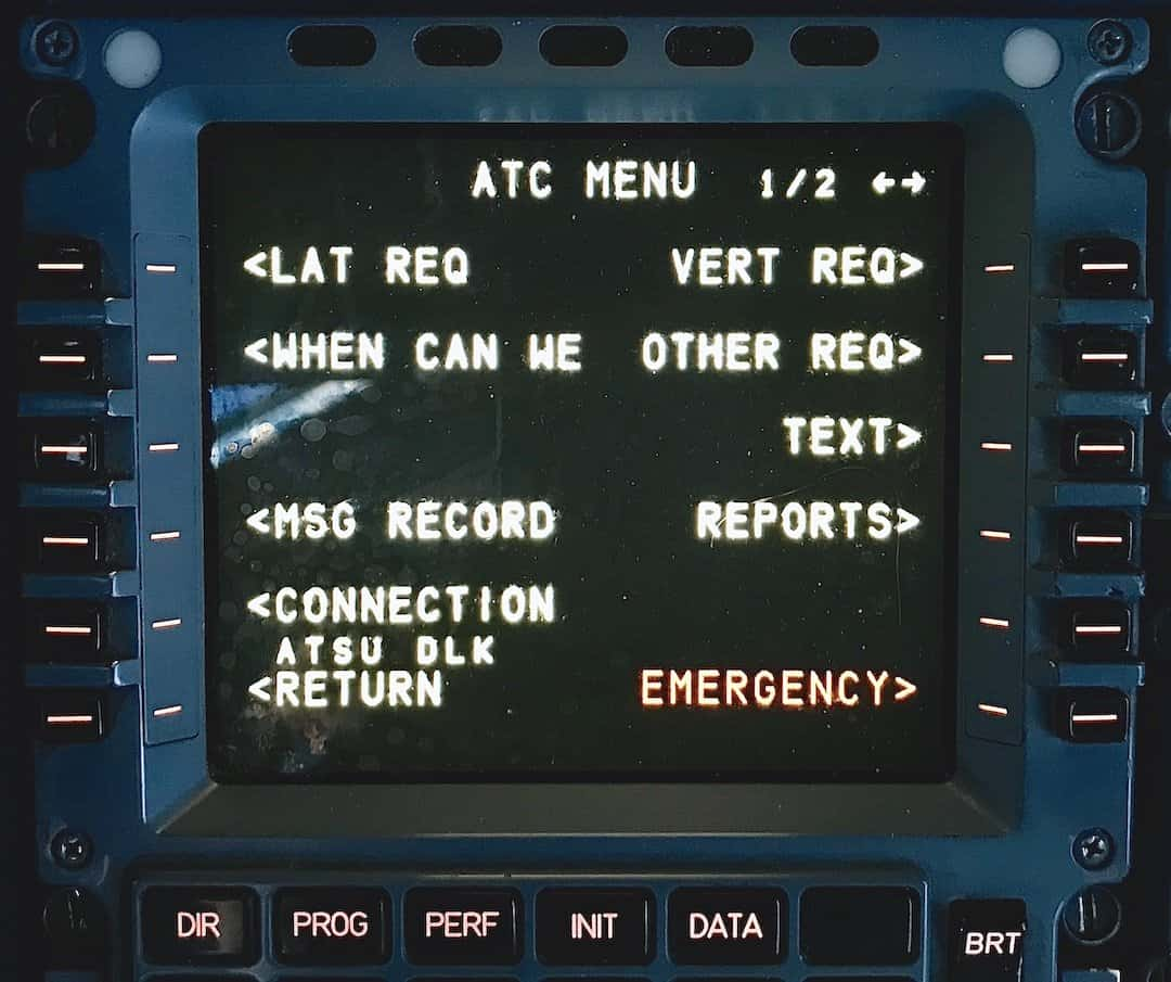ACARS And CPDLC: 5 Key Differences